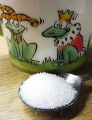 hi, Sweety (hussi48) Tags: froschkönig zucker spoonfull sugar macromondays aspoonfull