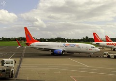 Photo of Boeing 737-86J(WL) C-FWGH Sunwing Airlines operated for Thomson Airways