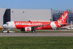 AirAsia Airbus A320-216SL D-AUBT (9M-RUN) (widebodies) Tags: hamburg finkenwerder xfw edhi widebody widebodies plane aircraft flughafen airport flugzeug flugzeugbilder airasia airbus a320216sl daubt 9mrun