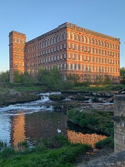 Anchor Mill, Paisley 😍 (markshephard800) Tags: shade light sunlit perspective historical history old mill apartments flats town architecture water waterfall wasserfall waterval renfrewshire paisley