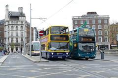 AV 421 & VG 35 O'Connell Bridge 02/05/19 (Csalem's Lot) Tags: vg35 airlink oconnellbridge 747 av421 16 luas 5033 luascrosscity wrightsgemini vg av alx400 volvo dublinbus dublin bus