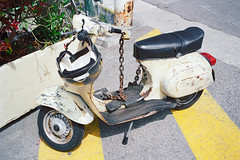 The best protected Vespa in the port of Nice (titan3025) Tags: leica leicam6 m6 film kodak filmisnotdead grainisgood analog photography analogphotography france cote d azur ultramax 400