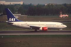 407ax - Scandinavian Airlines Boeing 737-700; LN-RPK@TXL;07.05.2006 (Aero Icarus) Tags: berlintegel flughafentegel txl berlin slidescan plane avion aircraft flugzeug scandinavianairlines boeing737700 lnrpk sas