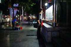 2125/1757 (june1777) Tags: snap street seoul night light bokeh canon eos 5d leitz leica summicron r 50mm f2 3200 clear