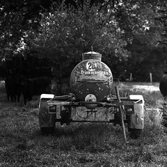 rflxsl66sonnar150005 (salparadise666) Tags: rolleiflex sl66 sonnar 150mm fomapan 100 boxspeed caffenol cl 20min nils volkmer medium format square 6x6 film analogue camera landscape rural view scenic bw black white monochrome hannover region niedersachsen germany north german plains lowlands
