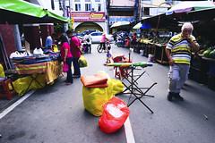 DSC_6639 (shahrulamin.azman) Tags: streetphotography streetphoto asian kualalumpur pasar street lightanshadow lightandshadow travelasian streephoto streetshooting
