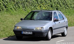 Citroën ZX 1.4i Avantage 1994 (XBXG) Tags: levzx94 citroën zx 14i avantage 1994 citroënzx silver grey gris citromobile 2019 citro mobile carshow expo haarlemmermeer stelling vijfhuizen nederland holland netherlands paysbas youngtimer old french car auto automobile voiture ancienne française france frankrijk vehicle outdoor