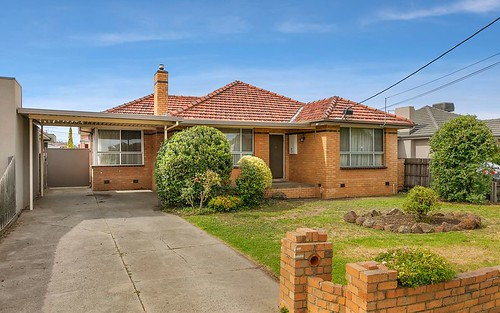 16 Roberts Road, Airport West VIC 3042