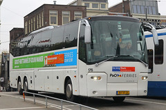 BV-VF-31, Amsterdam Centraal, October 19th 2015 (Southsea_Matt) Tags: bvvf31 176 vdl bova amsterdamcentraal amsterdam thenetherlands holland october 2015 autumn canon 60d sigma 1850mm bus omnibus transport vehicle bendybus