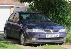 P339 ONK (Nivek.Old.Gold) Tags: 1997 vauxhall vectra 20 16v gls 5door