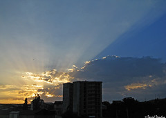 Summer sunrise over Tbilisi  6/30/2018 (David Dondua) Tags: sunrise sun cloud clouds shining morning blue sky tbilisi georgia მზის ამოსვლა ღრუბელი ცა სხივები თბილისი june 2018 восход облака лучи утро тбилиси