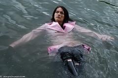 Pink wet vinyl trench (31 pics) (sexyrainwear_dot_online) Tags: raincoat regenmantel trench trenchcoat wam wetlook jeans rubberboots hunters wellies gummistiefel