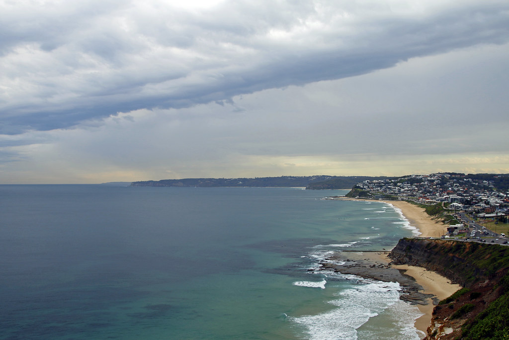 Cold front up the coast - Newcastle Memorial Walk