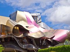 Ciudad del Vino # 4 (schreibtnix on'n off) Tags: reisen travelling europa europe spanien spain gebäude building frankogehry futuristisch futuristic ciudaddelvino olympuse5 schreibtnix