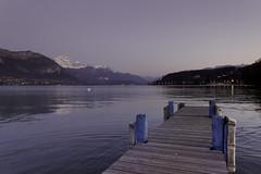 (Anaëlle T) Tags: france annecy montagne mountains lac lake sunset paysage landscape savoie reflet