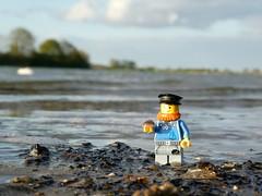 Schleifischer (captain_joe) Tags: fischer schlei urlaub schleswigholstein wasser water muschel toy spielzeug 365toyproject lego minifigure minifig