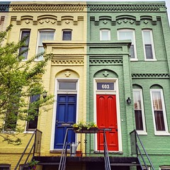 The Americans houses (ekelly80) Tags: dc washingtondc april2019 spring capitolhill theamericans houses rowhouses doors colors red blue