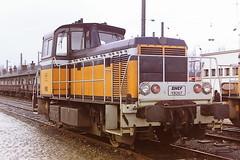SNCF Y8267 (bobbyblack51) Tags: sncf class y8000 moysefauvet girel b diesel shunter y8267 valenciennes depot 1998