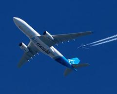 Air Transat / Airbus A330-243 / C-GTSJ (vic_206) Tags: airtransat airbusa330243 cgtsj crossing ryanair