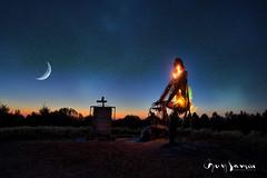 Burning Man 2 (guysamsonphoto) Tags: guysamson indrasingh sculpture victo victoriaville montarthabaska cielétoilé starsky moon lune croissantdelune mooncrescent