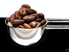 MM -SPOON with coffee beans- (MAICN) Tags: nahaufnahme aspoonful 2019 mm macro macromondays makro macromonday
