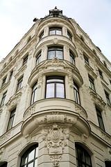 1899 (BeisenDani) Tags: architektur haus fassaden 2019 wien