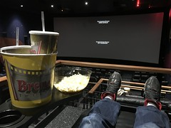 #BrendenTheatres in #Concord #California has the best #seats (Σταύρος) Tags: j14 endgame avengers blackseats movietheater leatherseats comfyseats atthemovies popcornbucket popcorn brendentheatres concord california seats kalifornien norcal cali californië kalifornia καλιφόρνια カリフォルニア州 캘리포니아 주 californie northerncalifornia カリフォルニア 加州 калифорния แคลิฟอร์เนีย كاليفورنيا eastbay