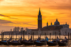 If I Can Light The World Up For Just One Day (Anna Kwa) Tags: piazzasanmarco stmarkssquare canalgrande grandcanal sangiorgiomaggiore sunrise gondolas venice italy annakwa nikon d750 7002000mmf28 my burning fire light always seeing heart soul throughmylens life journey passion fate destiny pink justlikefire travel world memories gift