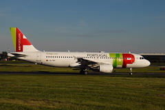 CS-TNY A320-214 Air Portugal (eigjb) Tags: dublin airport eidw ireland international collinstown jet transport airliner aviation plane spotting aircraft airplane aeroplane 2019 cstny a320 air portugal airbus a320214 tap