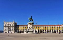 Square (carlos_ar2000) Tags: plaza square edificio building monumento monument color colour calle street arquitectura architecture paisaje landscape lisboa portugal