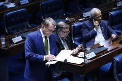 """Alvaro Dias no Plenário do Senado Federal • <a style=""""font-size:0.8em;"""" href=""""http://www.flickr.com/photos/100019041@N05/32900110907/"""" target=""""_blank"""">View on Flickr</a>"""