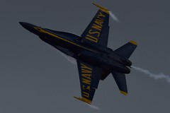 163464 (LAXSPOTTER97) Tags: 163464 fa18d cn d010 ln 685 usn united states navy mcdonnell douglas hornet blue angels aviation airport airplane cyxx 2018 abbotsford international airshow