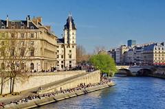 487 Paris en Mars 2019 - Quai des Orfèvres et Pont Saint-Michel (paspog) Tags: paris france seine mars march märz 2019 quai quaidesorfèvres