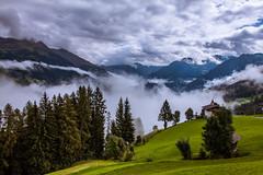 Südtirol (::ErWin) Tags: mosoinpassiria trentinoaltoadige italien südtirol vinschgau meran meranerhöhenweg passeiertal grün nebel wolken regen