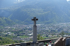 Cross @ Cemetery @ Châtillon-sur-Cluses @ Hike to Mont Orchez (*_*) Tags: cross croix christian catholic 2019 may afternoon spring printemps europe france hautesavoie 74 cluses savoie hiking mountain montagne walk marche randonnee nature