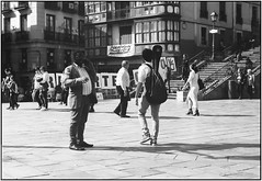 One morning at the Metro Station_Leica M4 (ksadjina) Tags: 12min 24x36 bilbao easter kodak100tmax leicam4 leitzelmar50mm128 metrostation nikonsupercoolscan9000ed rodinal semanasanta silverfast spain blackwhite film morning scan
