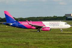HA-LYZ (PlanePixNase) Tags: eddv haj hannover airport aircraft planespotting langenhagen airbus a320 320 wizz wizzair