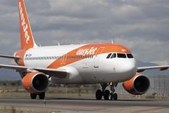 IMG_8666 (Pablo_90) Tags: plane planespotting lemd mad spo spotting airbus bo boeing a320 a330 a380 b737 b787 airport aircraft