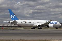 IMG_8503 (Pablo_90) Tags: plane planespotting lemd mad spo spotting airbus bo boeing a320 a330 a380 b737 b787 airport aircraft