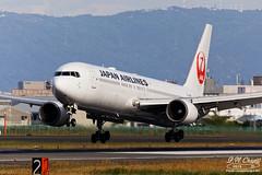 Japan Airlines [JL][JAL] / JA603J / 767-346ER / RJOO (starger64) Tags: canoneos5dmarkiv ef1004004556lisii rjoo itm itamiairport osakainternationalairport 大阪国際空港 大阪國際機場 ja603j japanairlines 日本航空 boeing767346er boeing 767 767300er 763er aircraft airplane aviation arlines eftc14xiii