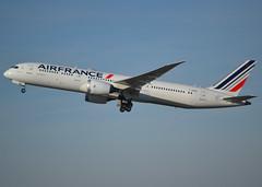 F-HRBA, Boeing 787-9 Dreamliner, 38769 / 500, Air France, CDG/LFPG 2019-02-17, off runway 27L. (alaindurandpatrick) Tags: 787 7879 boeing787 boeing787dreamliner boeing7879 boeing7879dreamliner dreamliner jetliners airliners af afr airfrance airlines cdg lfpg parisroissycdg airports aviationphotography fhrba 38769500
