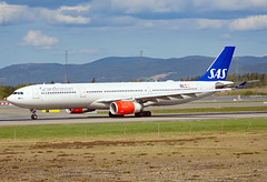 LN-RKH (Skidmarks_1) Tags: lnrkh sas airbusa330 engm norway osl oslogardermoenairport aviation aircraft airport airliners