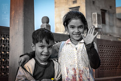 Playful Siblings (shapeshift) Tags: d5600 in sadarmarket asia bw candidphotography davidpham davidphamsf documentary india jodhpur kids market nikon nikond5600 people portrait rajasthan shapeshift siblings southasia street streetphotography travel