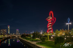 Steel Totem (TVZ Photography) Tags: queenelizabetholympicpark orbittower stratford london architecture landscape city cityscape river water reflection lights lighttrails night evening longexposure lowlight sonya7riii zeiss loxia 21mm