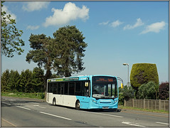 NXC 871 (Jason 87030) Tags: nxc 871 niamh girls name coventry midlands sky clouds skyblue bush trim view roadside warks rugby warwickshire 580 enviro e200 2019 may buses transport