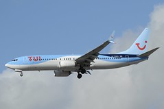 G-TAWU (LIAM J McMANUS - Manchester Airport Photostream) Tags: gtawu tui tuiairwaysuk tuiairways tomjet by tom boeing b737 b738 738 b73h 73h boeing737 boeing737800 egcc manchester man