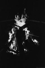 Log Burn (GPhace) Tags: 2019 35mm bw blackandwhite gregsbachelorweekend kodak longexposure minoltax700 spring tmaxx3200 upstatenewyork firepit nightphotography nightshots sizz