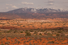 la sal mountains during golden hour at arches (ohikura) Tags: archesnationalpark lasalmountains moab utah