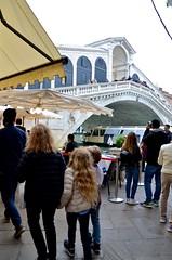 Approaching The Rialto Bridge (Joe Shlabotnik) Tags: venice italy 2019 april2019 venezia italia sue violet everett bridge rialto afsdxvrzoomnikkor18105mmf3556ged