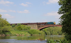 Victoria Bridge (Andrew Edkins) Tags: class33 crompton sulzer victoriabridge severnvalleyrailway dieselgala railwayphotography light riversevern geotagged may spring 2019 preservedrailway